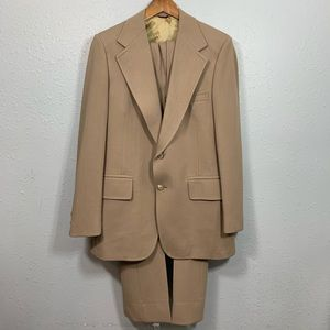 HSM Vintage beige two-button suit size 42R